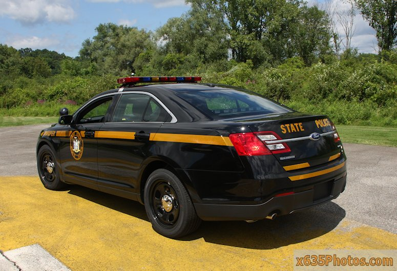 Ford Crown Victoria Police Interceptor >> NYSP: The Cars The Next Generation Of Troopers Will Be ...